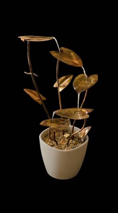 poza fantana pentru apartament realizata din frunze de cupru patinat - model Frunze realizat de bluConcept