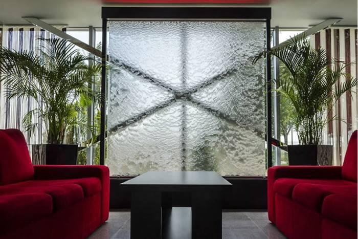 Fantani cascada de interior pentru salon evenimente