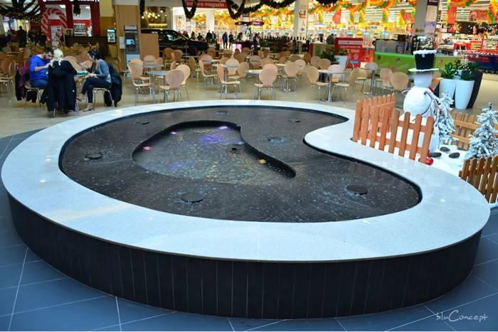 fantana arteziana de interior amenajata in centru comercial