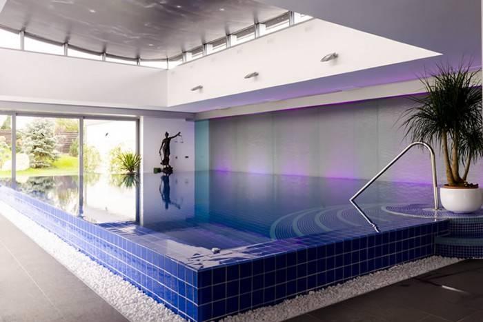 Panza de Apa realizata pentru piscina